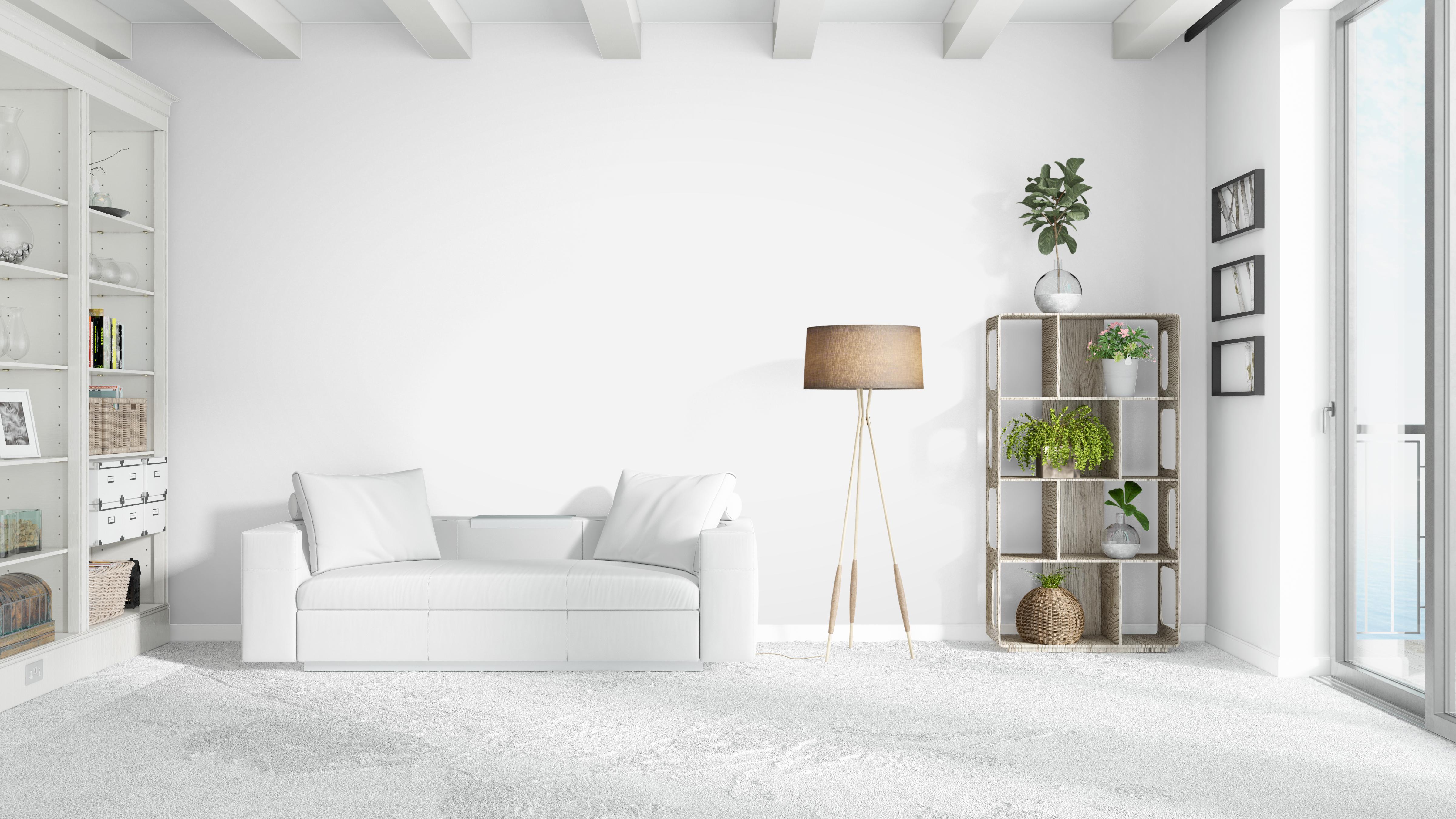 חדר מינימליסטי בצבעוניות לבנה