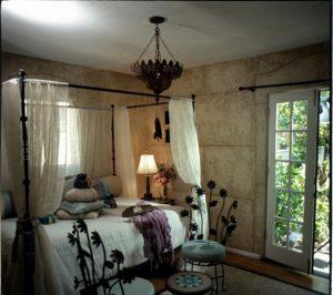 שימוש בגפן כורכרי ליצירת מרקם טבעי בחדר שינה